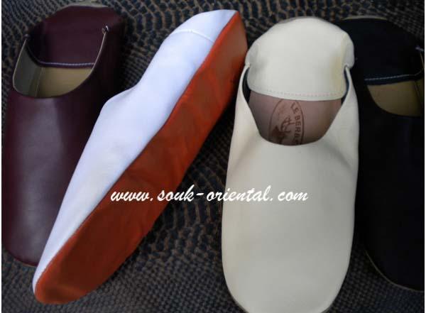 Flexible leather slipper man