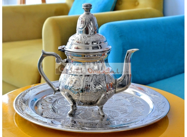 Copper tea pot and tray pack white